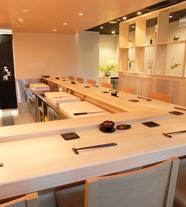 http://insyoku-k.com/wp-content/uploads/sushi_th01.jpg